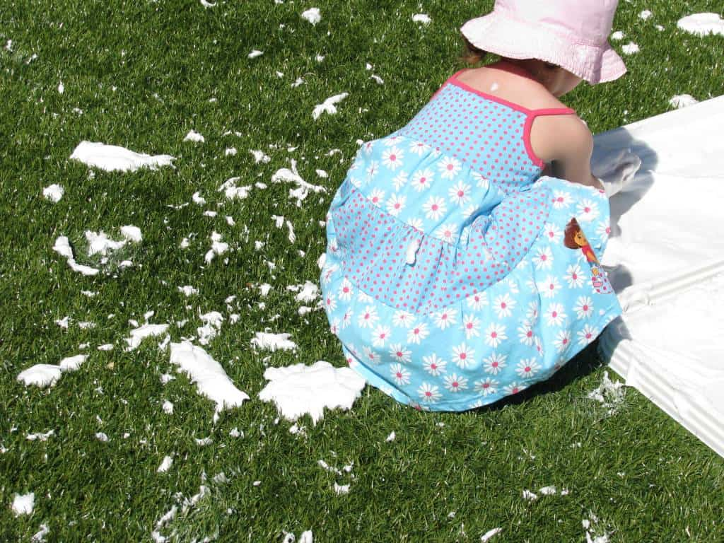 How To Make Fluffy Snow For Sensory Play Learning 4 Kids