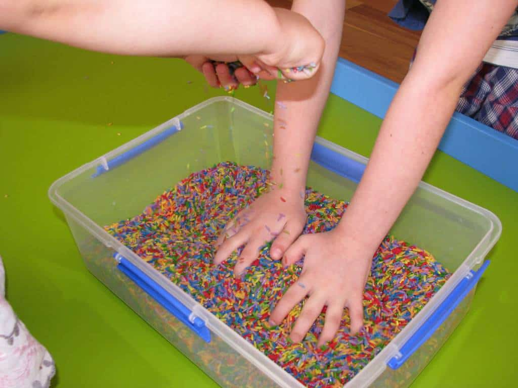 how to support sensory play