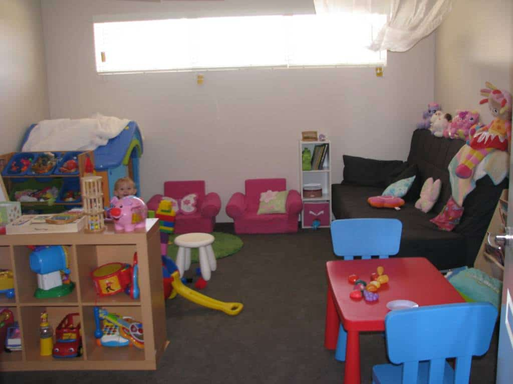 Playroom ideas for kids learning 4 kids for Small childrens kitchen