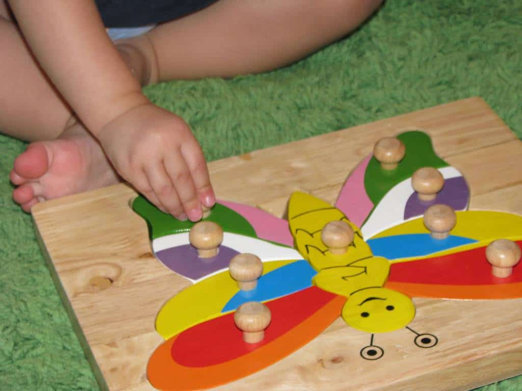 Why puzzles are so good for kids learning learning 4 kids for Four year old fine motor skills