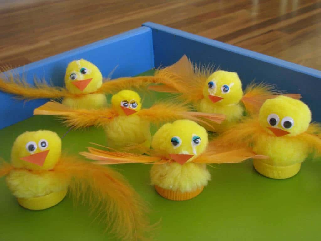 Colour activities babies - Creative Play Mini Cupcakes Baby Chicks