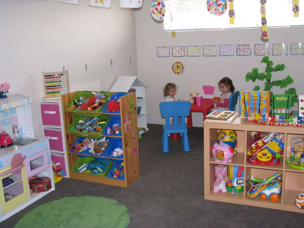 Playroom ideas 4 numbers theme learning 4 kids for Number 4 decorations
