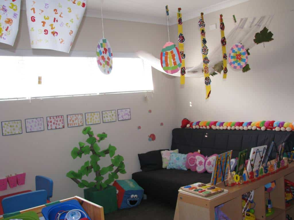 7 Inspiring Kid Room Color Options For Your Little Ones: Playroom Ideas 4 - Numbers Theme