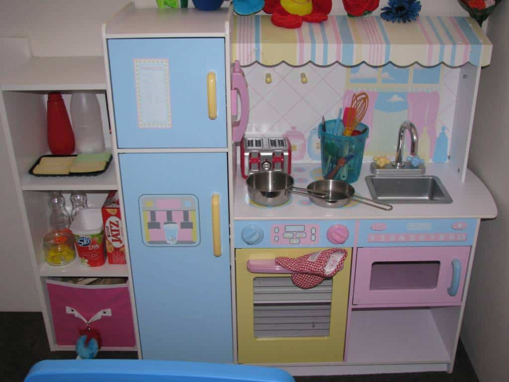 Playroom ideas 3 learning 4 kids for Playroom kitchen ideas