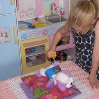 how to set up an imagiantive play vet hospital