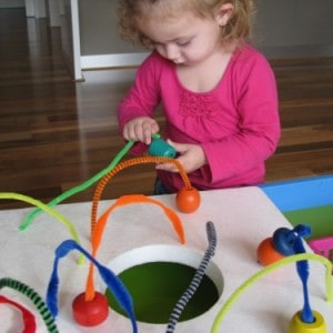 Pipe cleaner mazes learning 4 kids for Four year old fine motor skills