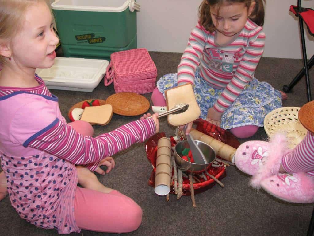 List Of Imaginative Play Ideas Learning 4 Kids