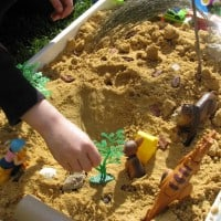 Ideas for using sand for sensory play