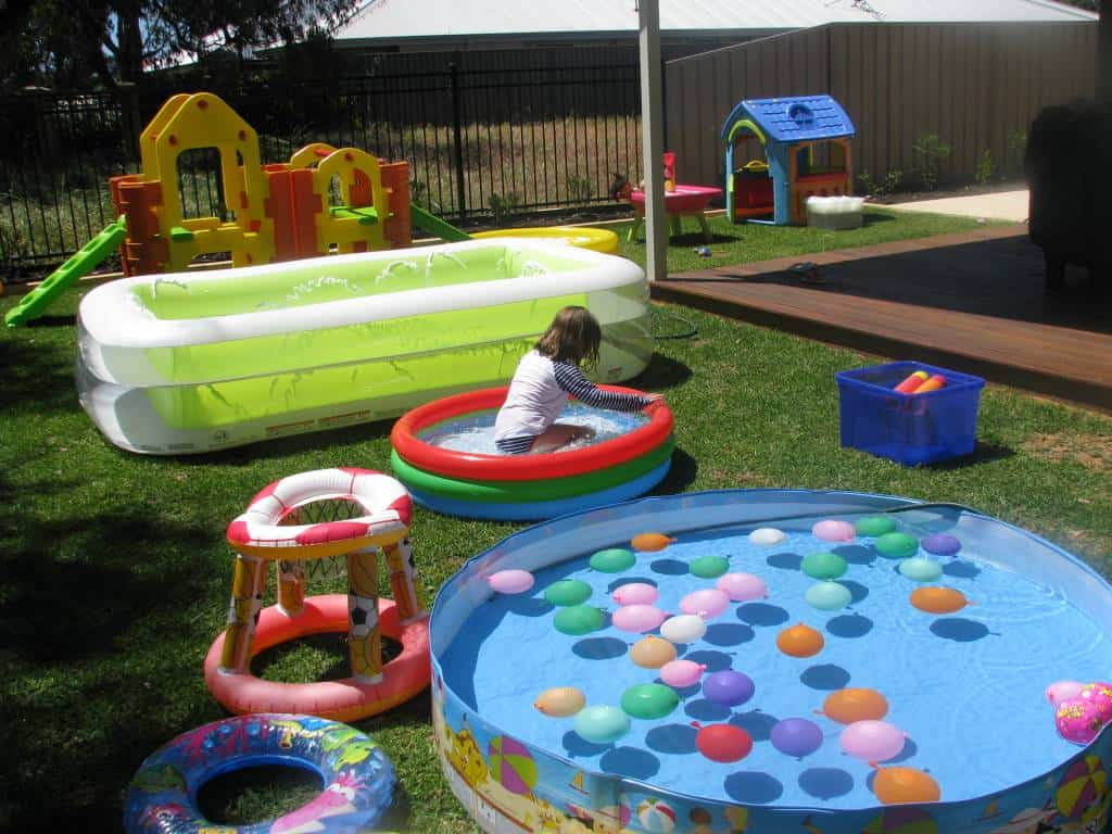 Back yard water park learning 4 kids for Small backyard ideas for kids
