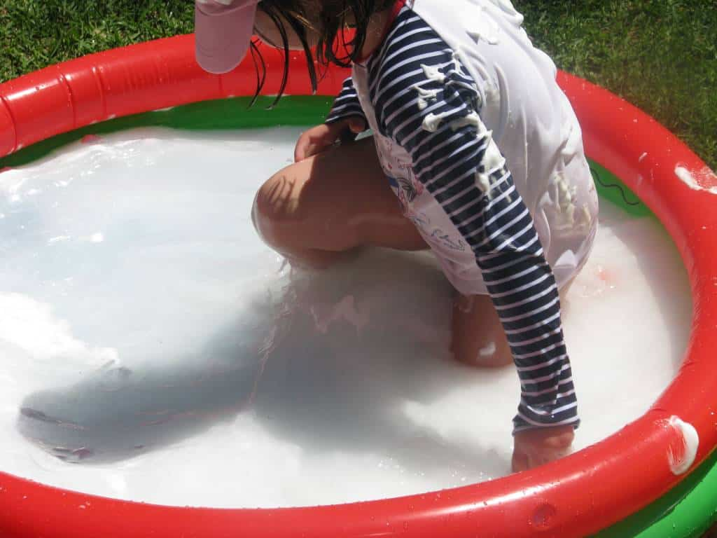 how to clear up pool water