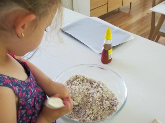 Simple muesli and honey biscuit recipe