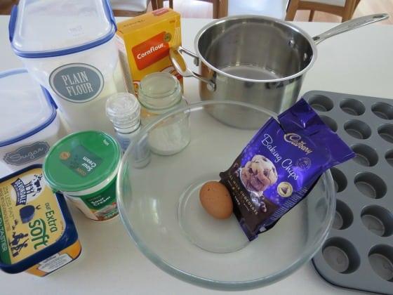 how to make miniature choc chip muffins