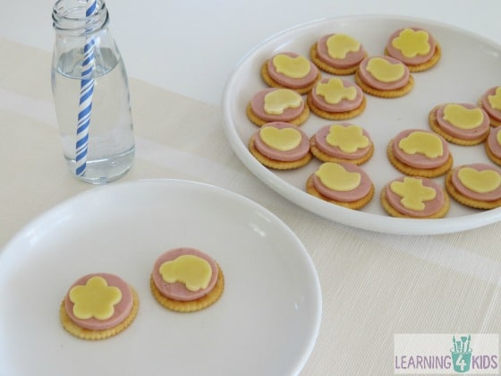 Cheese and crackers snack idea for kids