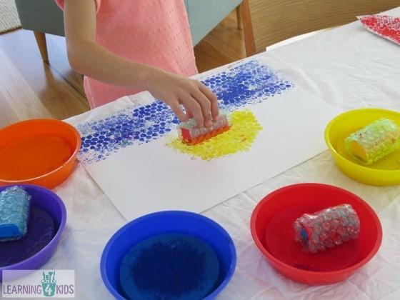 Creating paintings using bubble wrap covered blocks
