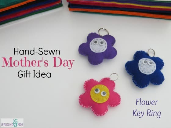 Hand-sewn Mother's Day Gift Idea - make a Flower Key Ring