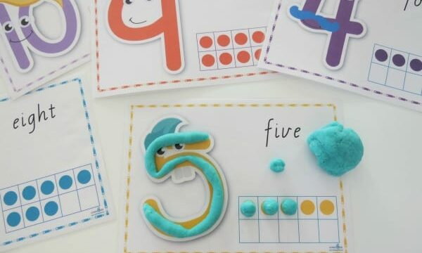Number play dough mats with 10s frame for 1to1 correspondence