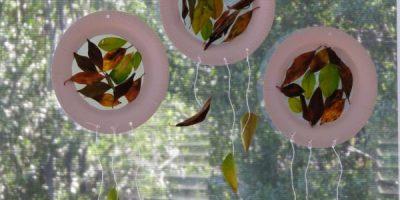 Paper Plate Autumn craft - much like a sun catcher or dream catcher
