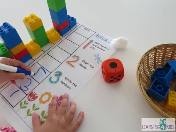 Build a city Counting Game - a great opportunity to practice writing numbers
