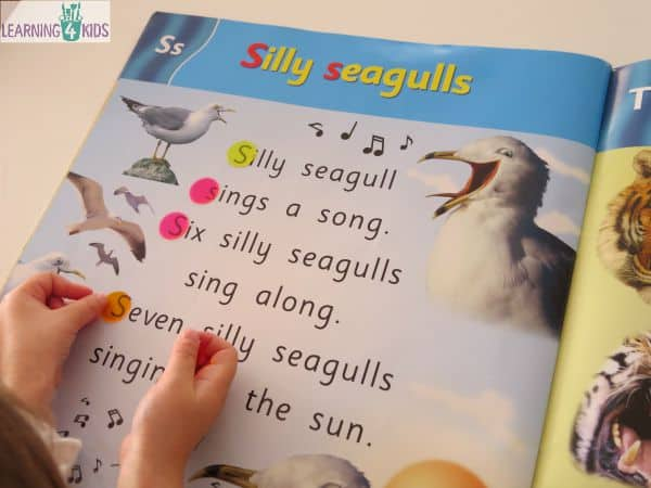 Letter spotting in big books - search for letters, sight words and blends