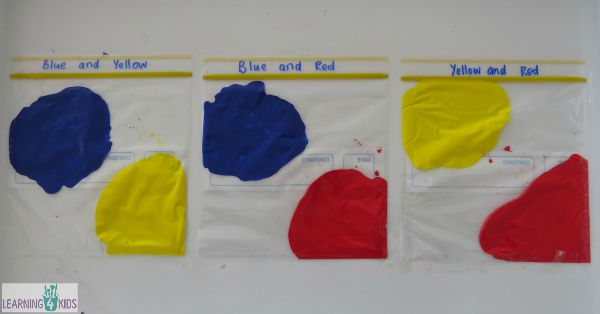 Mixing primary colours in a squishy bag experiment