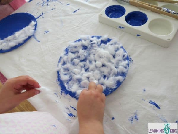 paper plate cloud craft
