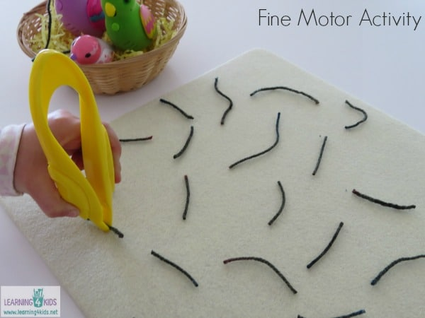 simple and fun fine motor activity for children and toddlers