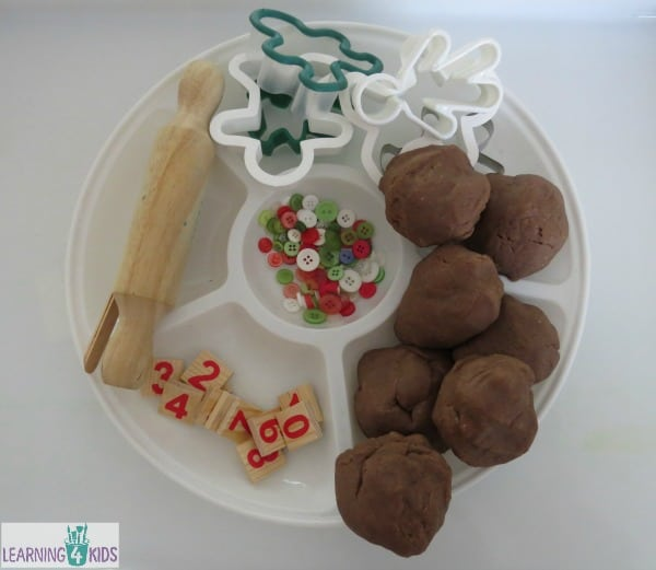 How to make gingerbread play dough men - recipe