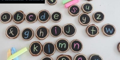 Homemade chalkboards - a great way to motivate children to write and learn the letters of the alphabet