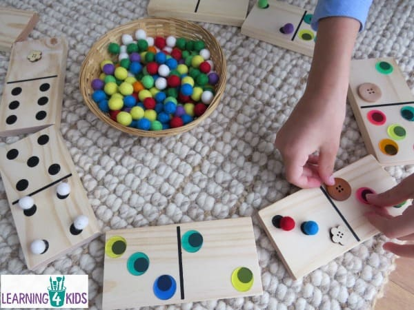 Maths activity ideas using dominoes